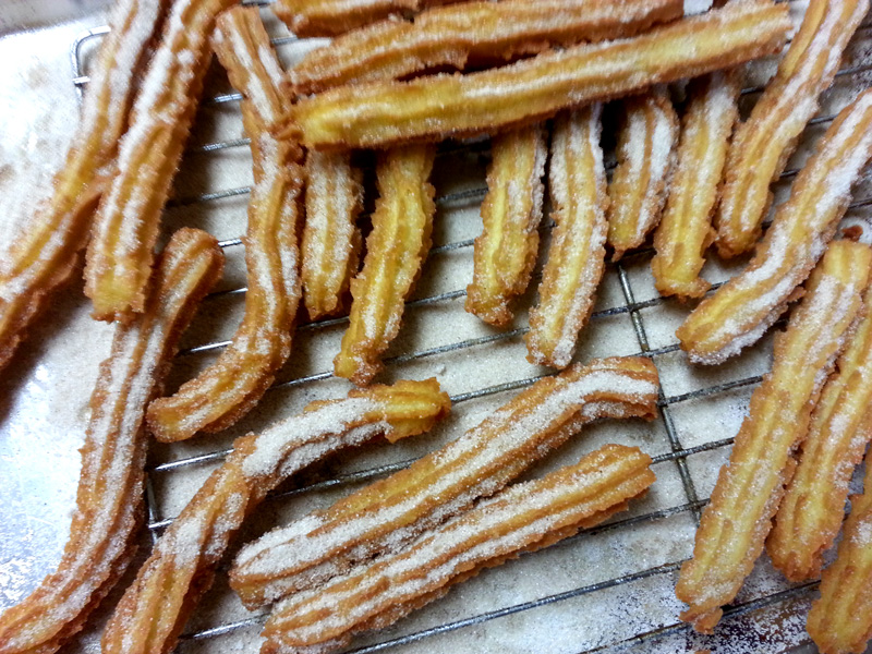 cardamom_cinnamon_churros2