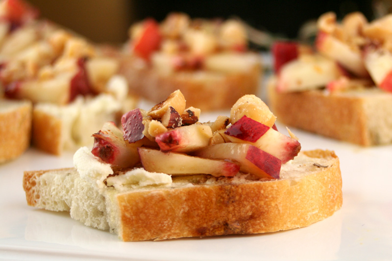 Nectarine Mascarpone Bruschetta with Balsamic Vinegar and Hazelnuts on Rosemary Toast